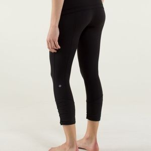 Lululemon Practice Daily Front Pockets Crops